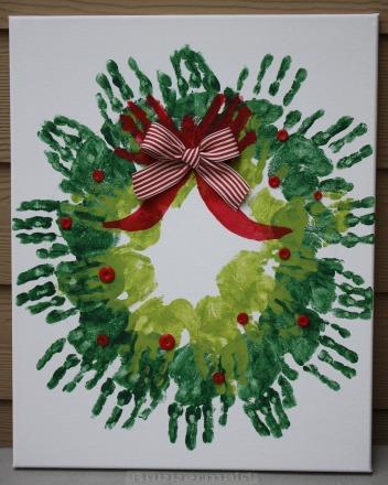 handprint-wreath